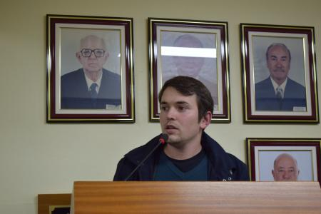Vereadores aprovam doação de área de terras a empresa calçadista do município