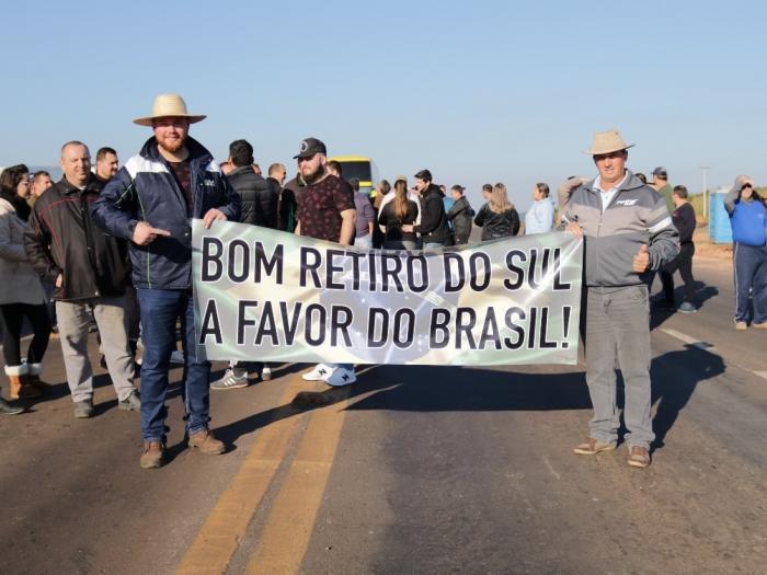 Manifestação em BRS - Vereadores Giacomini e Tiago