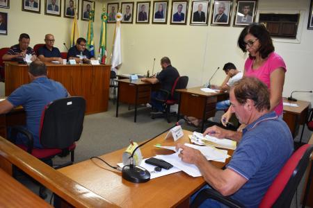 Vereadores de Bom Retiro do Sul aprovam seis Projetos em Sessão Extraordinária
